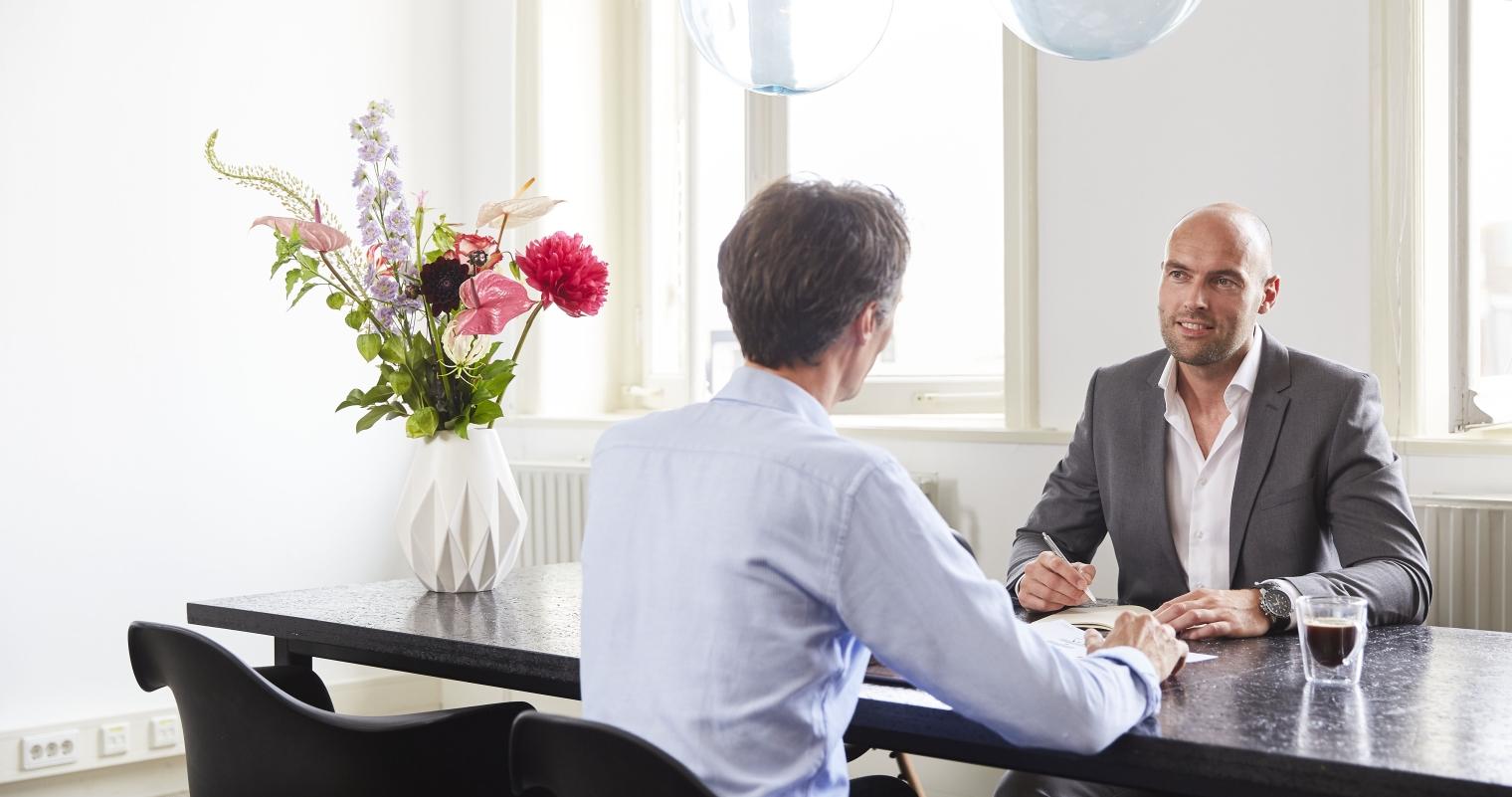 Vier stappen om een succesvol klantenonderzoek uit te voeren